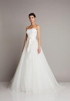 Giuseppe Papini  #fiocco #sposa #bride #bridal #abitosposa2016 #nozze #matrimonio #matrimoniopartystyle #location #trovalocation #wedding #weddingconsultant