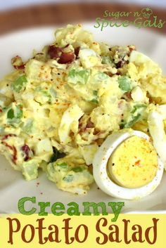 Creamy Potato Salad with bacon Side Dish Recipes, Dinner Recipes, Side Dishes, Great Recipes, Favorite Recipes, Creamy Potato Salad, Good Food, Yummy Food, Potato Dishes