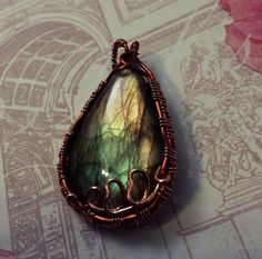Check out this item in my Etsy shop https://www.etsy.com/listing/260437289/copper-pendant-labradorite-spectrolite