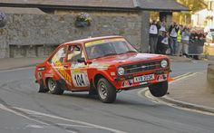 Ford Escort Check the wheel lift Wow!