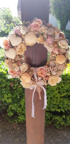 Floral Wreaths, Handmade Products, Happy Easter, Shabby Chic, Crafting, Jar, Flowers, Home Decor, Holiday Wreaths