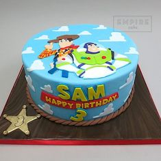 Toy Story (flat fondant) - Toys for years old happy toys Toy Story Birthday Cake, Woody Birthday, 3rd Birthday Cakes, Birthday Fun, Cowboy Birthday, Third Birthday, Birthday Ideas, Fête Toy Story, Toy Story Theme