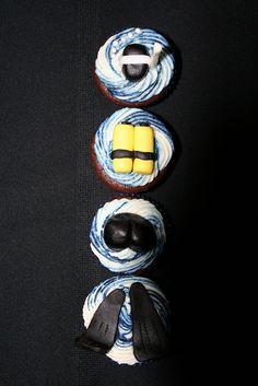 Scuba Diver Cupcakes