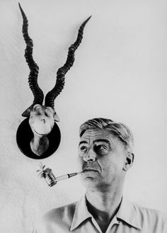 Theodor Geisel, who you may know better as Dr. Seuss with fancy pipe People Of Interest, Book Authors, Famous Faces, Famous Artists, Illustrators, Famous People, Pop Culture, Beautiful People, Black And White
