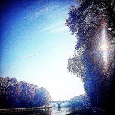 Ciao #Roma . • • • #Miles7one #wanderlus7 #roma  #loveitaly #italia #italian #tevere #visitrome #rome #nx7 #igers #igdaily #instagram #instagood #goodvibes #travel #travelgram #traveling #travelling #travels #travelblog #instatravel #travelingram  #traveler #traveller #mytravelgram #travelphotography #traveltheworld
