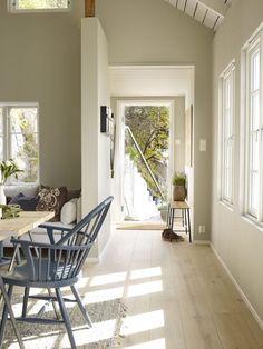 (Ingen titel), - Lilly is Love Modern Scandinavian Interior, Swedish Cottage, Summer Cabins, Summer Houses, Wood Plank Flooring, Vibeke Design, Cosy Bedroom, Deco Blue, Dere