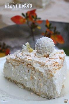 Bezowy tort kokosowy