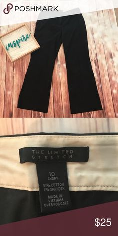 Boot leg Limited black pants This flattering boot leg black pants have just enough stretch to be comfortable but still look structures. The perfect work pants. Size 10short Excellent condition The Limited Pants Boot Cut & Flare
