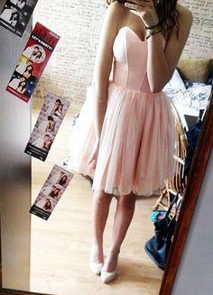 Kup mój przedmiot na #vintedpl http://www.vinted.pl/damska-odziez/krotkie-sukienki/14472565-lososiowa-rozkloszowana-sukienka-lou