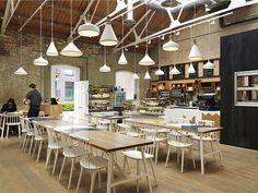 Rétro café, lustre blanc rassemblé. https://cheerhuzz.com/collections/pendant-lights/products/white-glass-shade-pendant-lights-pl357?variant=10693367364&utm_content=buffer26d4f&utm_medium=social&utm_source=pinterest.com&utm_campaign=buffer #architecture #homedesign #villa #decor #art #light #interior