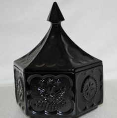 Vintage Tiara Colonial BLACK GLASS Candy Dish  http://motherearthscreations.ecrater.com/p/17683757/vintage-tiara-colonial-black-glass  SOLD