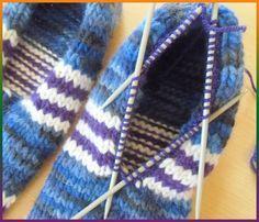 Wer kennt das nicht? ( Besonders, wir immer frierenden Frauen.)  Es ist Herbst. Es wird kalt und es ist schön ein paar warme Pantoffeln an d...