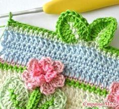 Всегда радуют идеи, облегчающие вязание... Как, например, не надо отдельно вязать цветочки и пришивать их... Для детей всегда шикарная идея.  Есть схема  Петли кратно 16+2