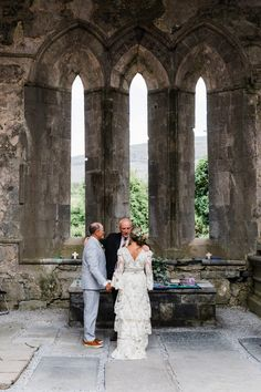 Romantic Irish elopement in Co. Clare, Irish castle elopement