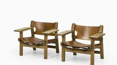 A pair of easy chairs model 226 / The Spanish chair designed by Børge Mogensen Produced by Fredericia stolefabrik in Denmark 1950's Oak and original cognac brown leather Excellent vintage condition, with signs of usage and patina Mid century, Scandinavian Dimensions (W x D x H): 82 x 60 x 67 cm, SH: 30 cm