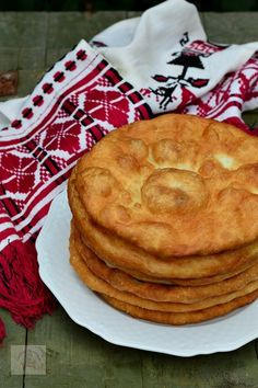 Romanian Desserts, Romanian Food, Food Cakes, Vegan Sweets, Desert Recipes, Appetizer Recipes, Food To Make, Cake Recipes, Chicken Recipes