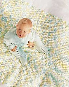 A homemade crochet afghan brings cozy warmth to any sitting area. Use these free crochet afghan patterns to create ripple afghans, block afghans, granny square afghans and more. Free crochet patterns are a great way to decorate your home. Crochet Afghans, Crochet Baby Blanket Free Pattern, Baby Afghans, Easy Crochet Patterns, Free Crochet, Knitting Patterns, Afghan Patterns, Baby Patterns, Kids Blankets