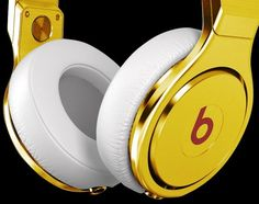 24 Carat Gold Plated Beats By Dr Dre Headphones by Crystal Rocked. Hope my kids get me this for Mothers Day 2013