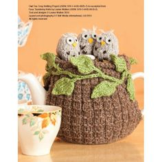 Ravelry: Baby Owls Tea Cosy pattern by Louise Walker Tea Cosy Knitting Pattern, Tea Cosy Pattern, Animal Knitting Patterns, Crochet Geek, Crochet Home, Knit Or Crochet, Knitting Projects, Crochet Projects, Owls