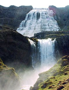 10 Spectacular and Amazing Waterfalls in 10 Countries