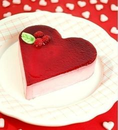 Strawberry Cake~~ Heart