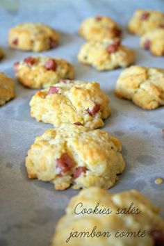 Savory ham cookies, an aperitif in 5 minutes!- Cookies salés au jambon, un apéro en 5 minutes! Here is an easy and quick aperitif recipe, with these savory ham and Comté cookies. A must that will devour in one bite! Tapas, Appetizer Recipes, Appetizers, Party Recipes, Crockpot Recipes, Cooking Recipes, Snacks, Antipasto, Cooking Time