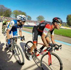 Paris-Roubaix 17 Finish