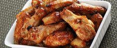 Ropogós bőrű, sütőben sült csirkeszárnyak - Olcsó, de isteni fogás - Receptek   Sóbors Chicken Wings, Food And Drink, Buffalo Wings