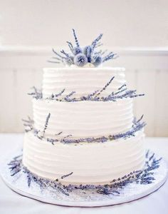 wedding cake with lavender