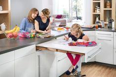 Äußerst praktisch: zusätzlicher Raum! #küche #klapptisch #küchentisch #kleineküche ©Hailo