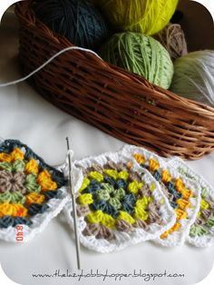 The Lazy Hobbyhopper: Granny Squares for my Cushion