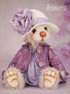 Artist Teddy Bear - Annie from Bear Treasures by Melanie Jayne