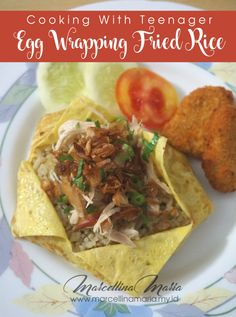 Cooking With Teenager: Egg Wrapping Fried Rice - Living Ideas Cooking Stuff, Cooking With Kids, Cooking Tips, New Recipes, Snack Recipes, Dinner Recipes, Lunches And Dinners, Meals, Egg Wrap