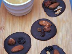 chocolat, cerneau de noix, raisin, noisettes, amandes