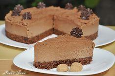 Tort de ciocolata fara coacere | Retete culinare cu Laura Sava - Cele mai bune retete pentru intreaga familie Mai, Desserts, Tailgate Desserts, Postres, Deserts, Dessert