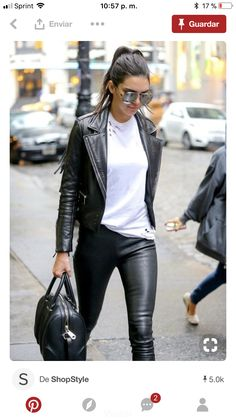 Leather Pants Outfit Ideas Pictures 100 leather pants outfits to showcase your inner rock star Leather Pants Outfit Ideas. Here is Leather Pants Outfit Ideas Pictures for you. Leather Pants Outfit Ideas how to choose your leather trousers outfit. Outfits Leggins, Leather Leggings Outfit, Leather Jacket Outfits, Leather Jackets, Leather Skirts, Leather Tights, Winter Outfits, Casual Outfits, Cute Outfits