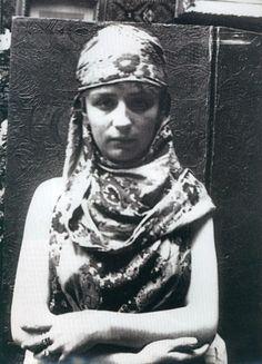 Camille Claudel posant pour Rodin. Oh! Je l'ai jamais vu aussi jeune. ... ... ... ... ... ... merci