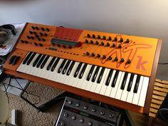 Waldorf Microwave XTK Synthesizer...  I wantses it!!
