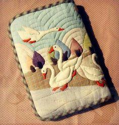 Monedero cisnes