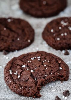 These Eggless Dark Chocolate Cookies are thin and crispy, and SO delicious! They' re super easy to make and dough freezes beautifully. A must-have recipe for chocolate lovers in your life! Best Eggless Chocolate Cake Recipe, Eggless Cookie Recipes, Eggless Desserts, Chocolate Cookie Recipes, Coconut Recipes, Cream Recipes, Baking Recipes, Cake Recipes, Choclate Chip Cookies