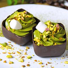 Chocolate Work, How Sweet Eats, Easy Cooking, High Tea, Food And Drink, Sweets, Breakfast, Chocolates, Gastronomia