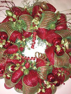 Joy wreathese are the best diy christmas wreath ideas front door christmas wreaths 14 diy valentines wreath ideas 22 creative classroom door ideas 26 solutioingenieria Gallery