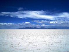 Salar de Uyuni, where you lose all concept of space. Photos don't do it justice, imprescindible visitarlo.