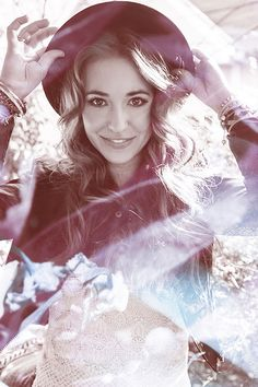 Lauren Daigle is such a talented singer. I especially love her songs First and Loyal.
