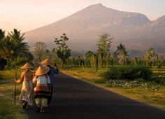 Climbing Mount Rinjani Lombok, Indonesia #Travel