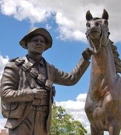 Agterryer-standbeeld by die Oorlogsmuseum in Bloemfontein Foto: Maricelle Botha, Bloemfontein Courant