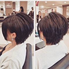 Cute Short Layered Haircuts and Hairstyles for Women - Hair Trends Website Short Straight Hair, Short Hair With Layers, Short Hair Cuts For Women, Medium Hair Styles, Natural Hair Styles, Short Hair Styles, Short Aline Haircuts, Hairstyles Haircuts, Straight Hairstyles