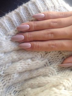 Beautiful Nails Art Design Ideas See the differences between these popular nail shapes, and feel confident when a manicurist asks how you'd like your nails filed. Almond Nails Designs, Nail Designs, Hair And Nails, My Nails, Almond Acrylic Nails, Almond Nails Pink, Nagel Gel, Nude Nails, Pale Pink Nails