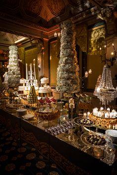 Para a decoração deste casamentona Itália, que aconteceu no Villa Erba (um dos mais lindos para casar por lá, à beira doLago de Como!), a Tearose Events