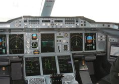 airbus a 380 cockpit
